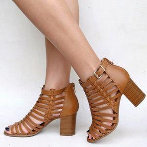 New Tan Gladiator Strappy Chunky Heel Sandals